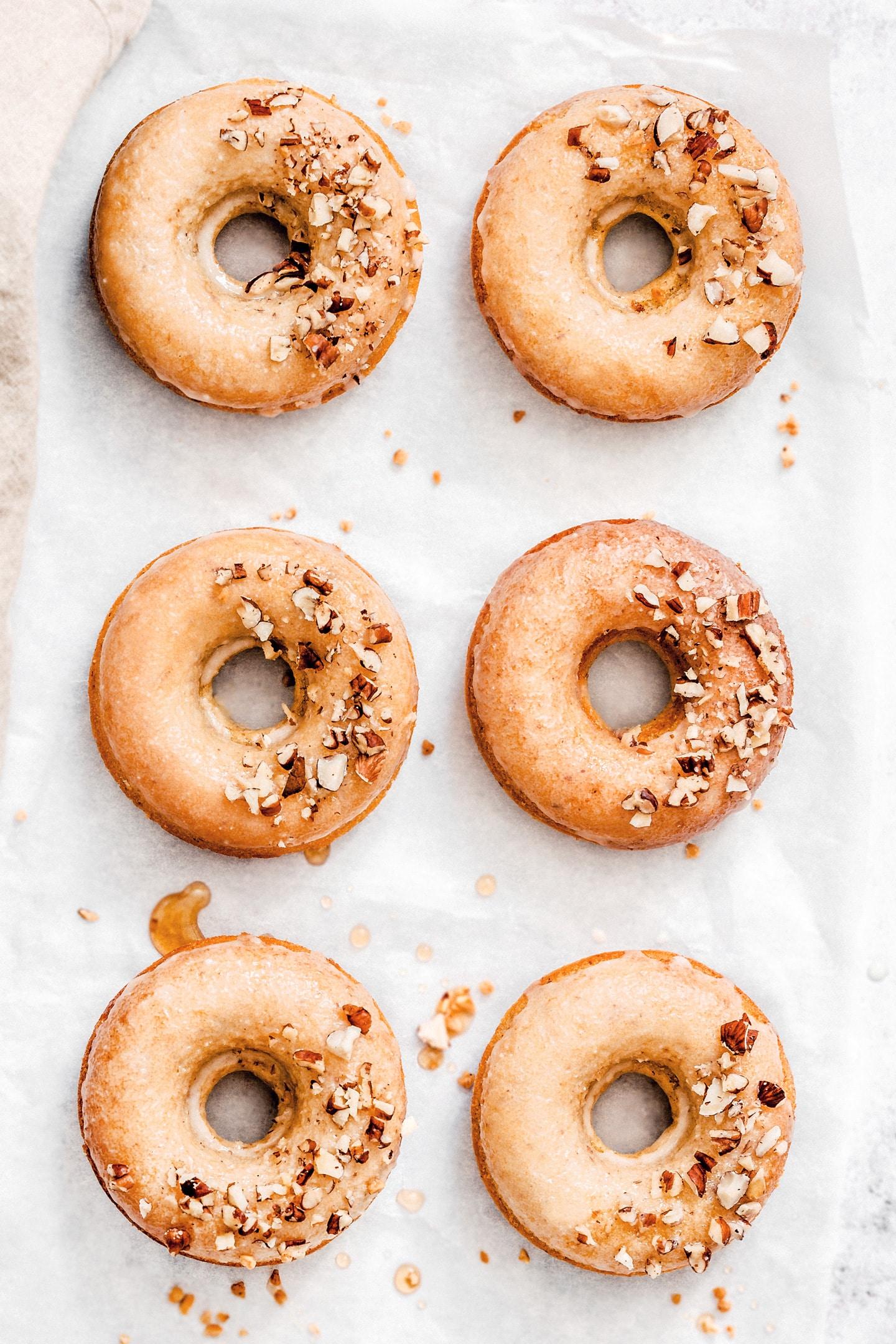 Make baked donuts easy recipe