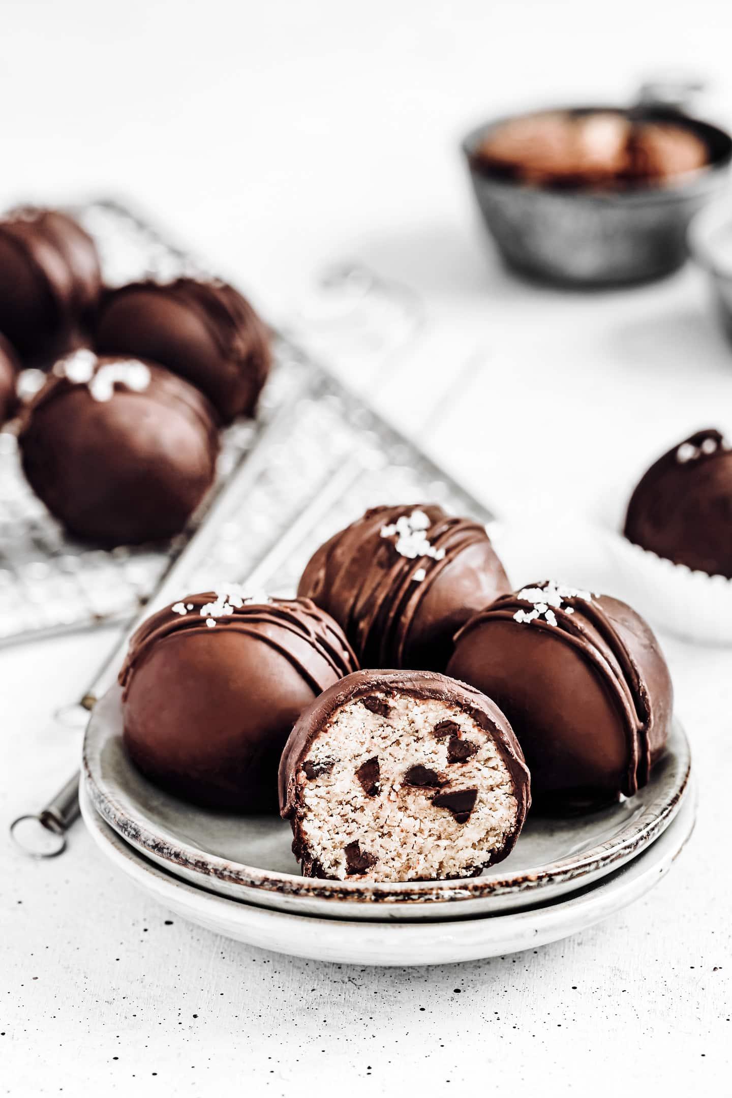 Truffes au chocolat flocons d'avoines et amandes healthy