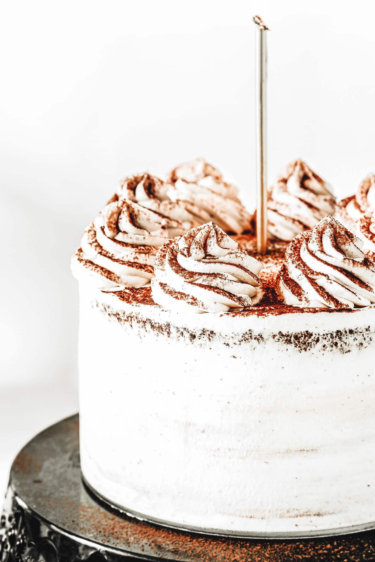 Layer cake au chocolat et ganache à la vanille