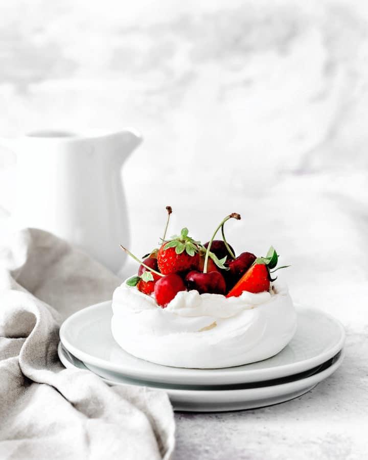 Pavlovas aux fruits rouges
